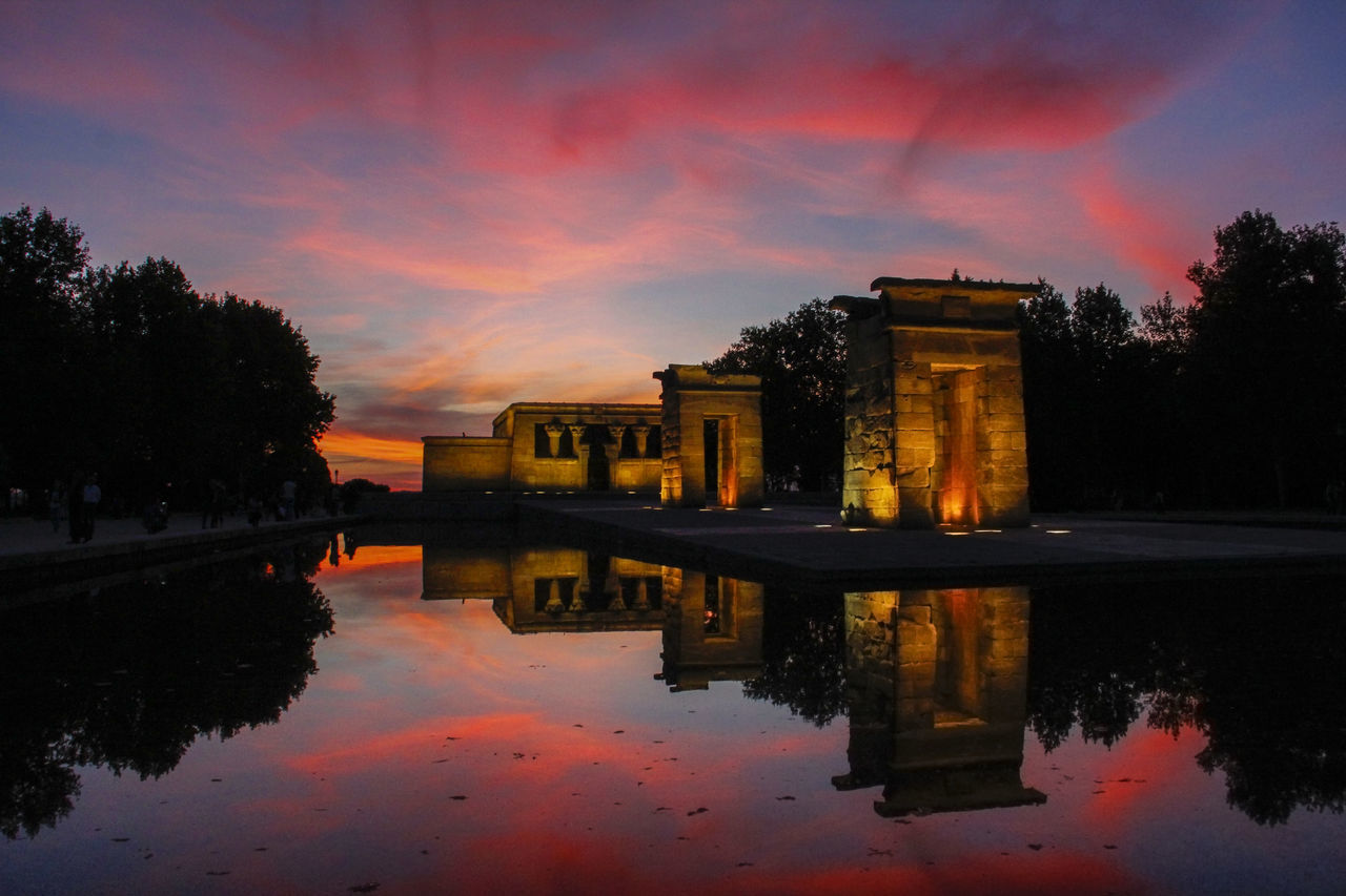 Reflection Sunset Travel Destinations Travel Architecture Sky Water Tourism Cloud - Sky Outdoors City Cityscape No People Travel Architecture SPAIN Madrid Templo De Debod Debod's Temple Atardecer Red Mirroring In Water Mirrorimage Egypt Best EyeEm Shot Finding New Frontiers
