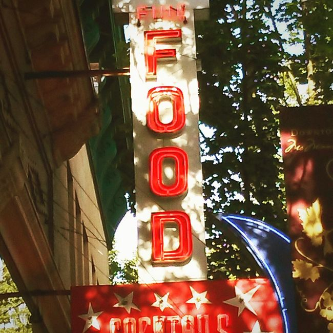 The Award winning 3rd st in McMinnville Oregon! Sign Of The Times SignSignEverywhereASign Divebar 3rd Street Nostalgia Quaint  Oldschool Down Town Sign Of The Times. Food Willamette Valley Thank You Thursday Number 1 EyeEm Best Shots Blue Moon Eat Drink And Be Merry Eat Drink Repeat EyeEm Like It Gorgeous ♥ Fine Art Photography WestCoast Cant Resist Yamhill County Blue Moon Beer