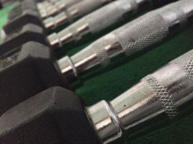Close-up Full Frame Selective Focus No People Stone Differential Focus Dumbbells Gym Time Gym #aesthetics #physique #bodybuilder #bodybuilding #fitness #intermitentfasting #instafit #instamood #instagood #instagramhub #instagramfitness #musclephotos #muscleleague #jacked #beastmode #ripped #shredded #swole #swoldier #inspiration #fitness #a Gym