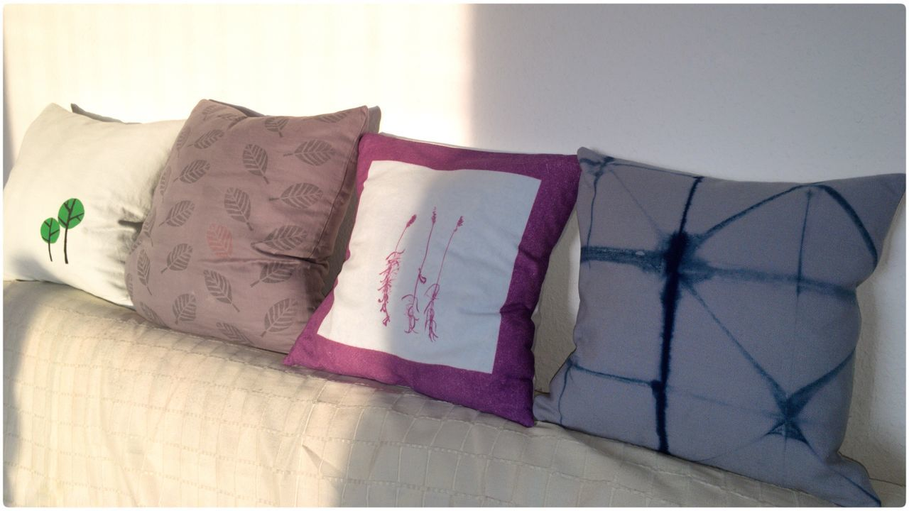 sometimes i'm bored... 😉 Pillows DIY Stencilprint Blockprint Photoprint Shibori made a new Pillow😎 Stencil Art Blockprinted Day Couch Sofa Sunlight In A Row Selfmade At Home Art Is Everywhere
