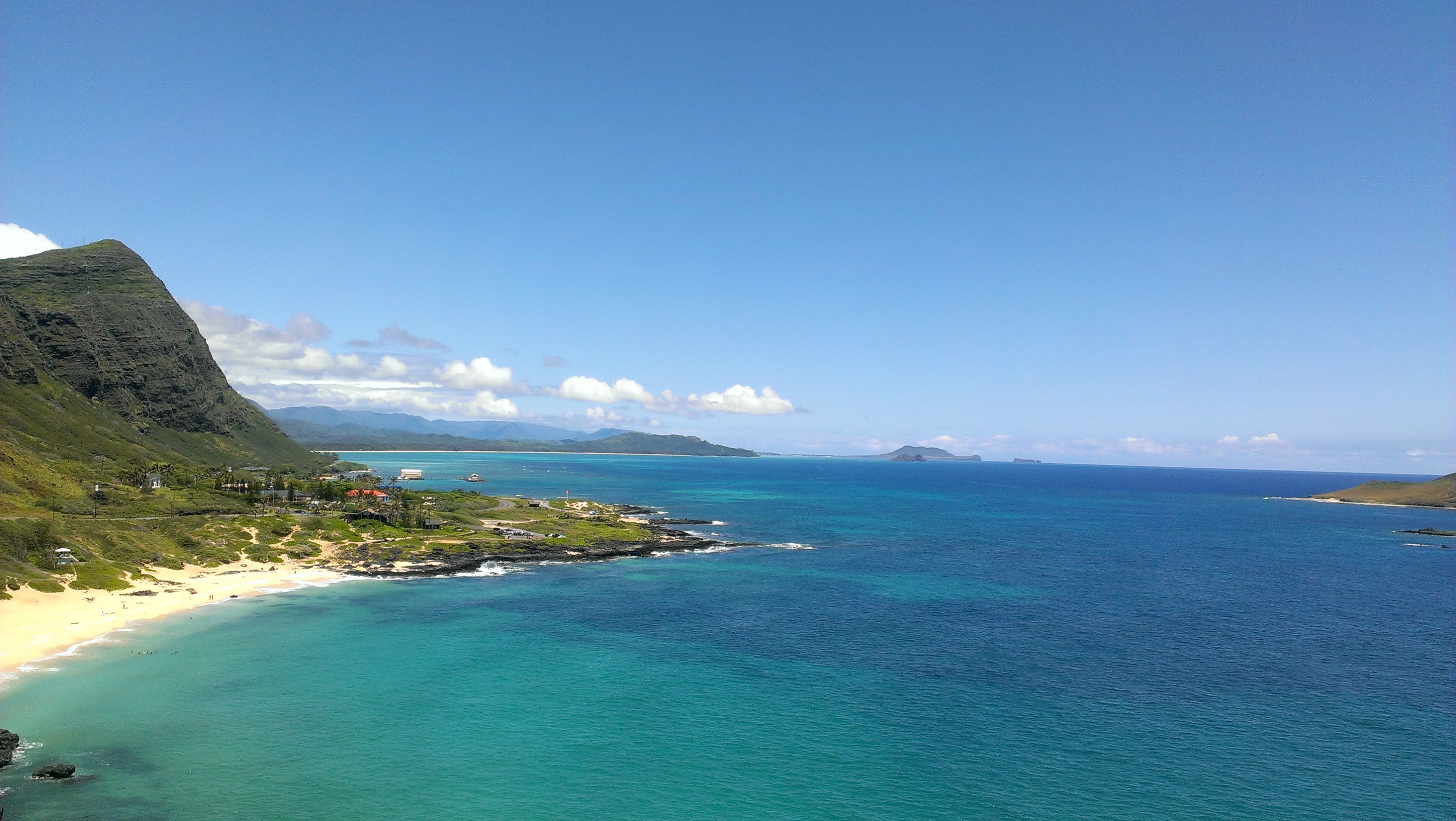 Blue Skies and I like warm sun on your back. loves calling Hawaii home. <3