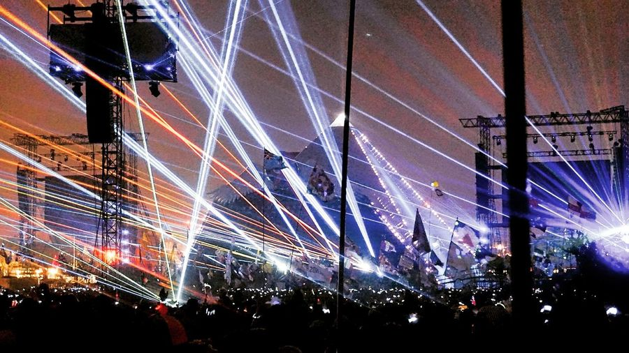 Coldplay smashing it! Glastonbury Festival Pyramid Stage Lasershow Coldplay Summer 2016 Light Up Your Life Lightshow Lasers Still Dazzle Me
