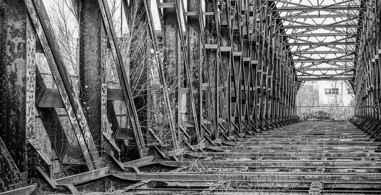 Abandoned Abandoned Places Architecture Black & White Black And White Bridge Bridge - Man Made Structure Building Exterior Built Structure EyeEm Best Edits EyeEm Gallery EyeEmBestPics No People Old Outdoors Ruin