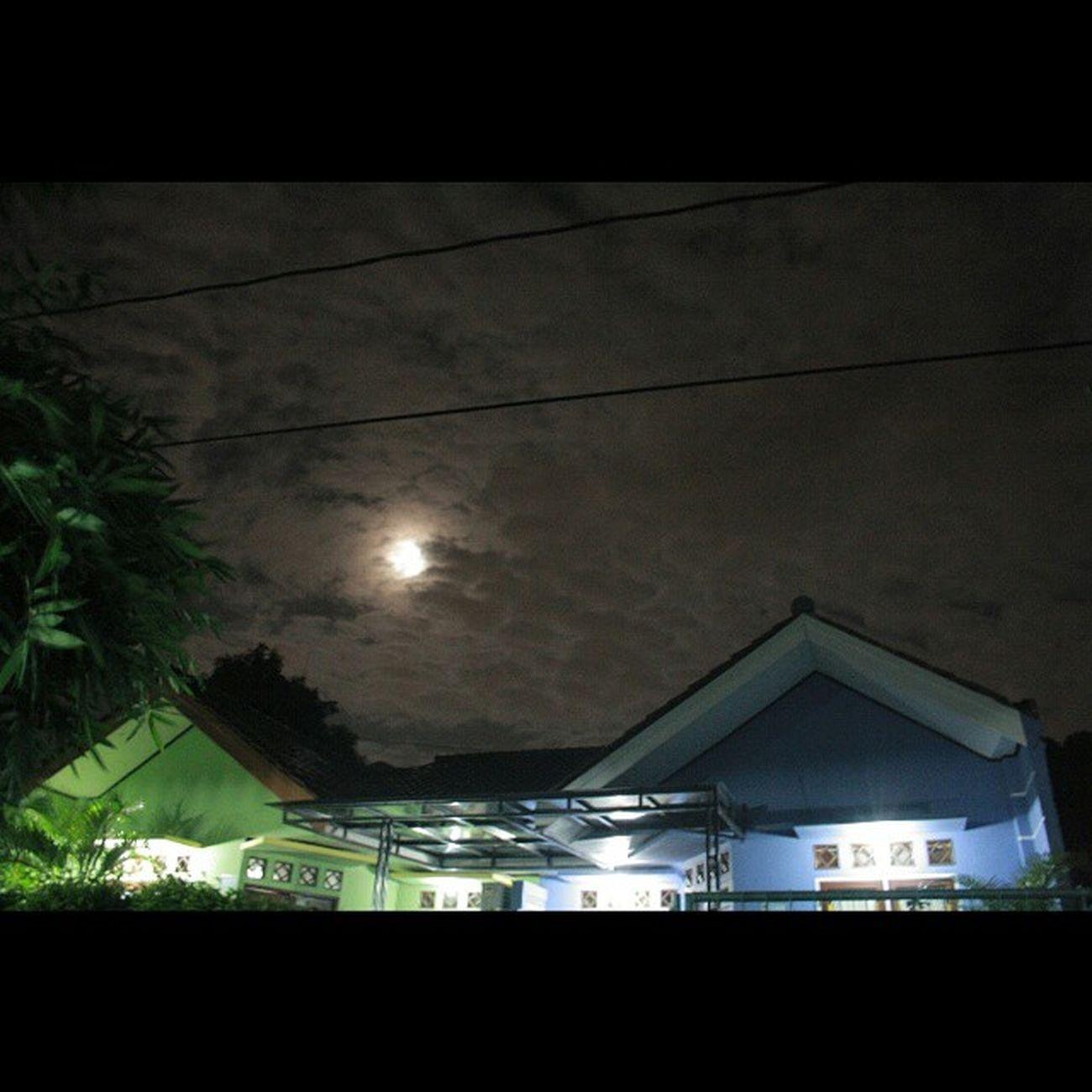 Oh bulan dimana bintang.. 7januari Malam Berawan