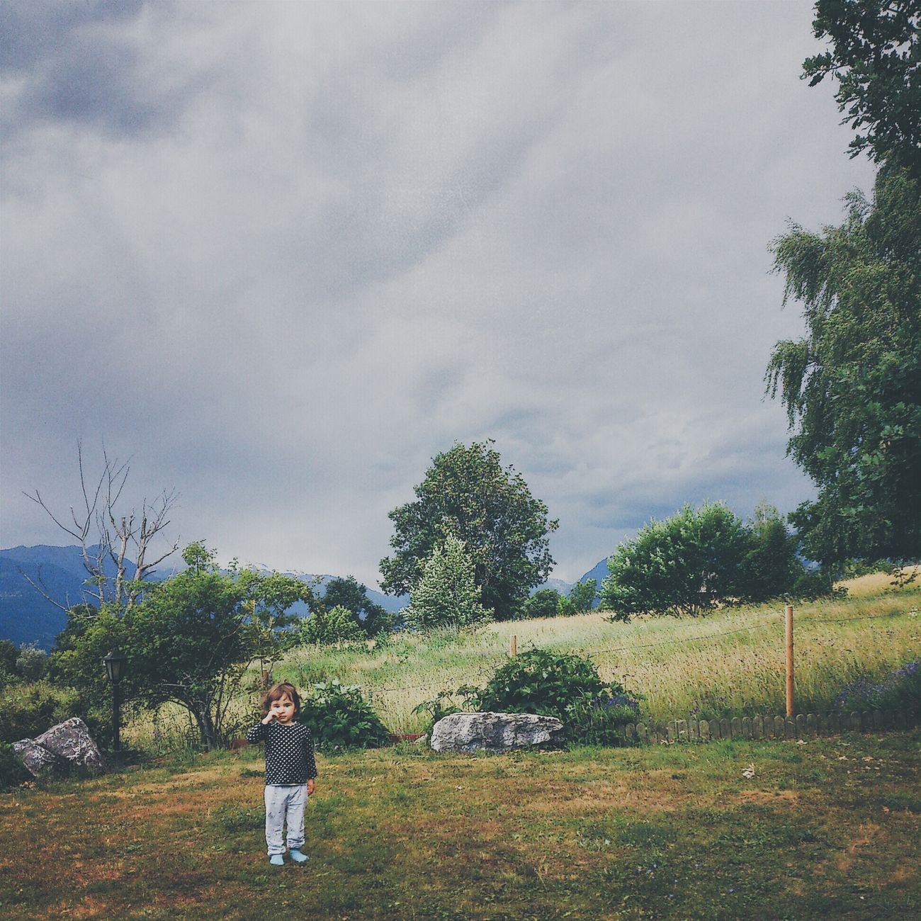 my giRl in ouR gaRden iN switzeRland befoRe Rain Hello World AMPt_community People Watching Taking Photos