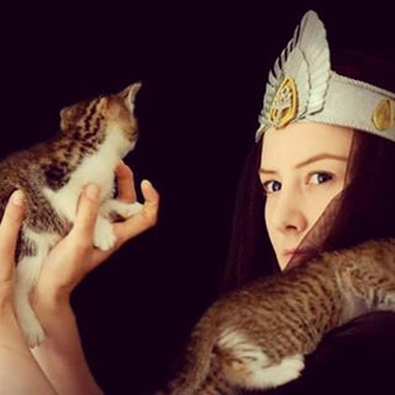 Beruthiel TarannonFalastur Gondor Queenofgondor Cat Catqueen Umbar Darknumenorean Sauron Melkor Catqueencosplay Kitten Angryqueen Numenor Beruthielcosplay LOTR Hobbit Silmarillion MiddleEarth Tolkien Middleearthcosplay Darklady Cosplay Cosplayer Womanofmiddleearth