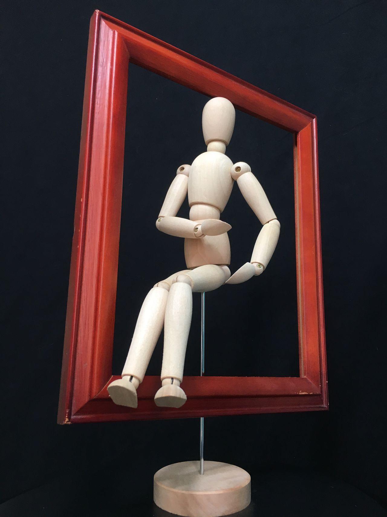 Pose Frame Human Representation Wood - Material Studio Shot Mannequin Still Life StillLifePhotography posed