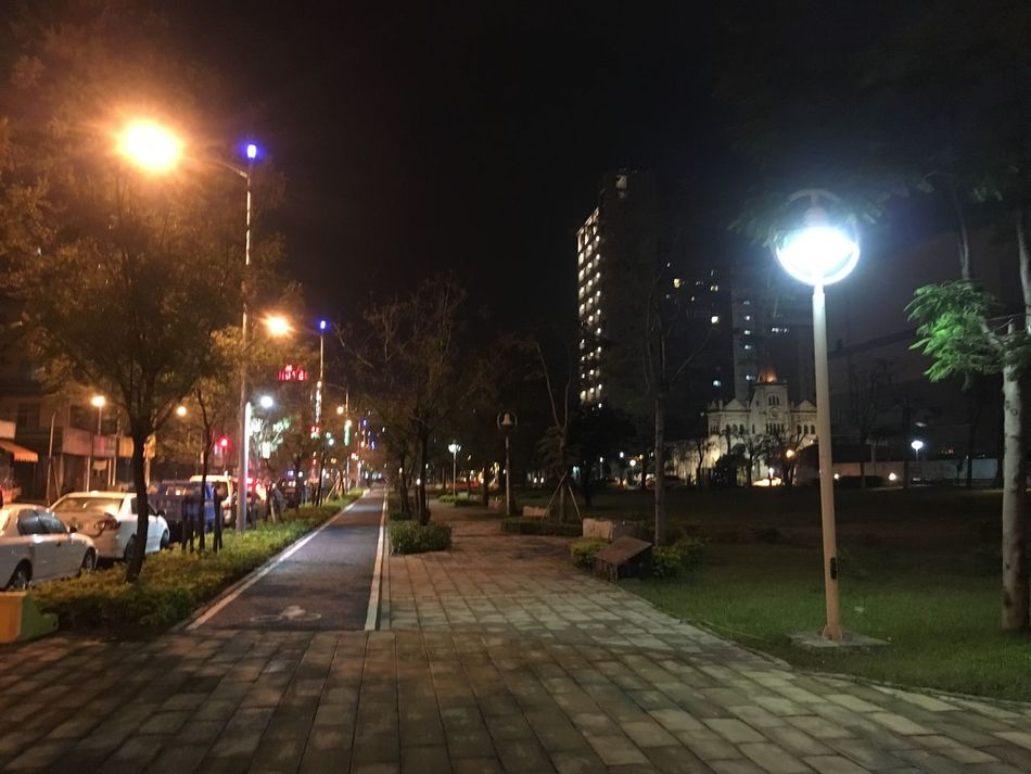 Kaohsiung 高雄 三月 March Taiwanese Taiwan 臺灣 鹽埕區 聚會