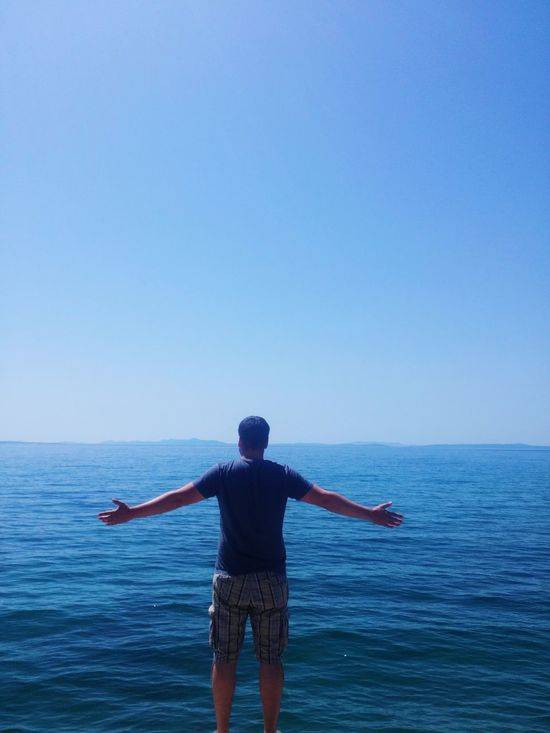 Hanging Out Check This Out That's Me Hello World Enjoying Life Sea And Sky Seascape Sea Side Sea Holding On Sea Sky And Sea
