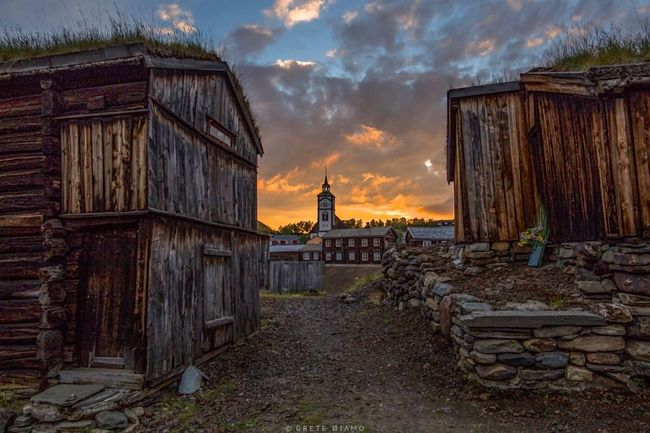 Røros Sleggveien, Røros Norway Old Buildings Huffington Post Stories Eye4photography  Sunset_collection EyeEm Best Shots City Life City City_collection Landscape_Collection HDR Collection Cloud_collection  Sun_collection, Sky_collection, Cloudporn, Skyporn EyeEm Best Shots - Sunsets + Sunrise Cityscapes EyeEm Best Edits Ziir EyeEm Best Shots - Landscape
