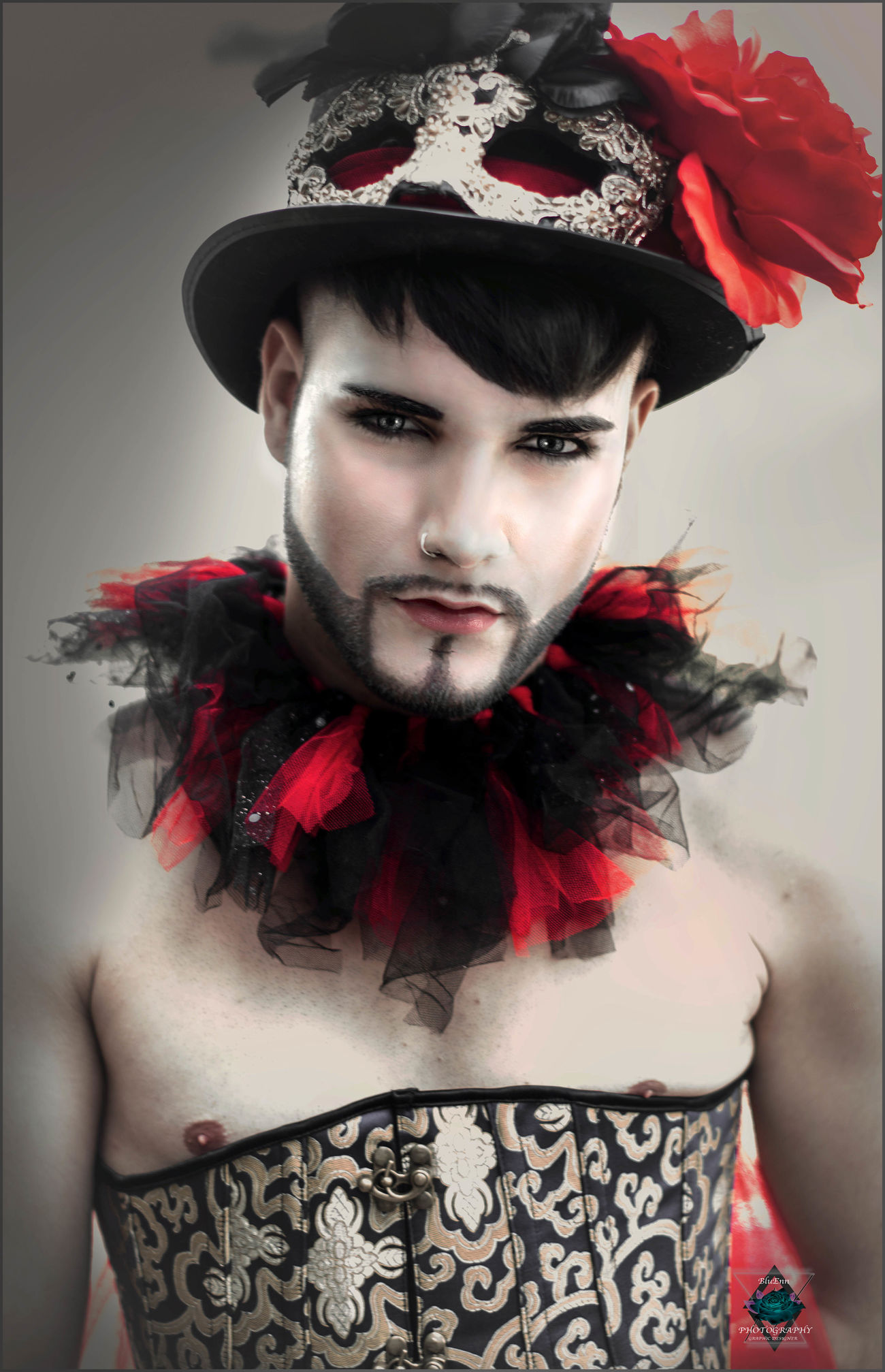 Boys Carnaval Venitien Clown Corset Flowers Makeup Models Photography