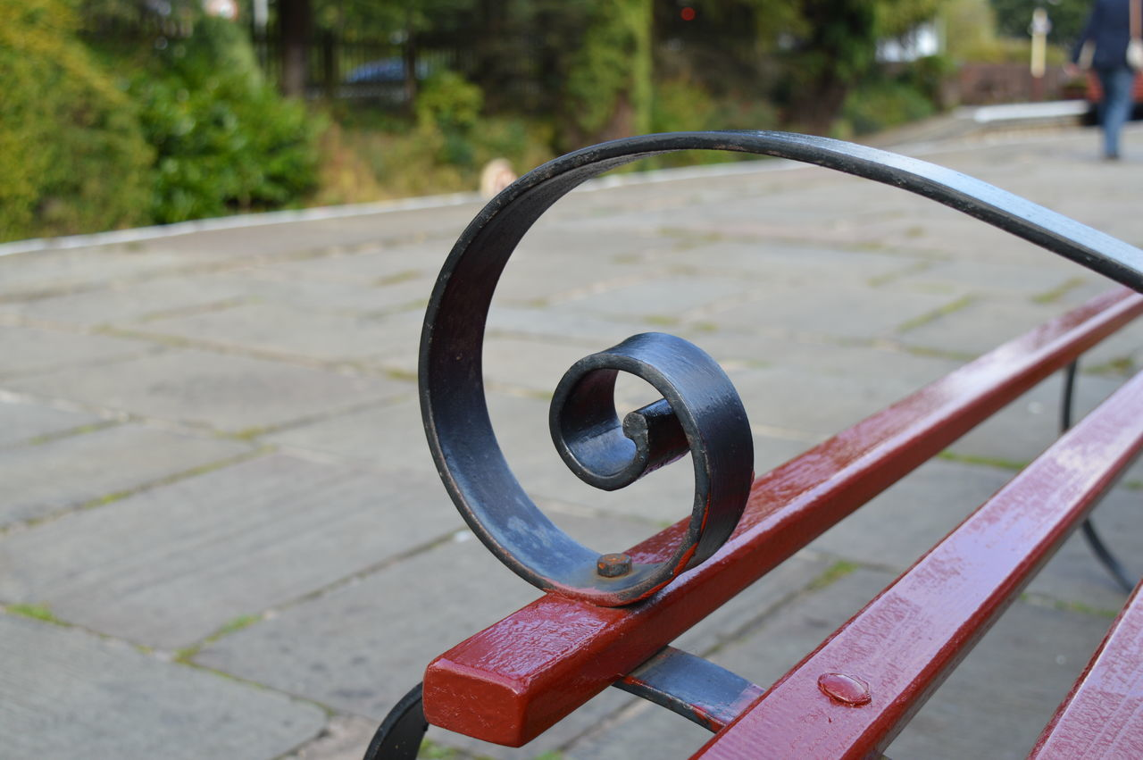 Bench Bench Ends British Close-up Curve Focus On Foreground G Lancashire Metallic Train Platform Wrought Iron