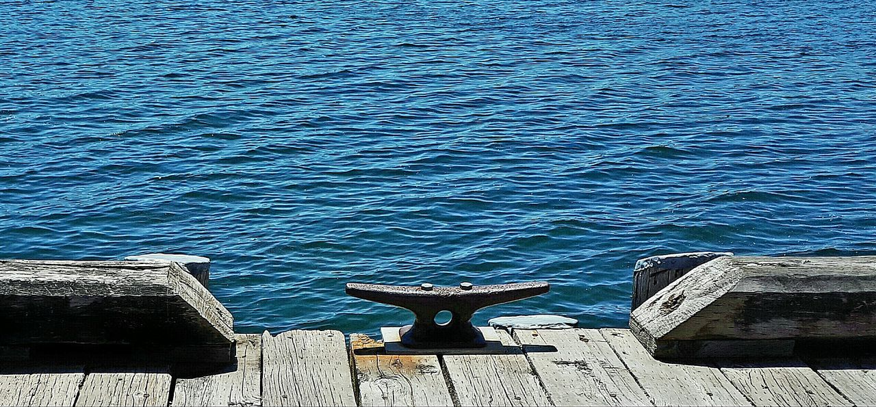 Water No People Day Sea Outdoors Nature Blue Beauty In Nature Close-up Symettry Sommergefühle Breathing Space