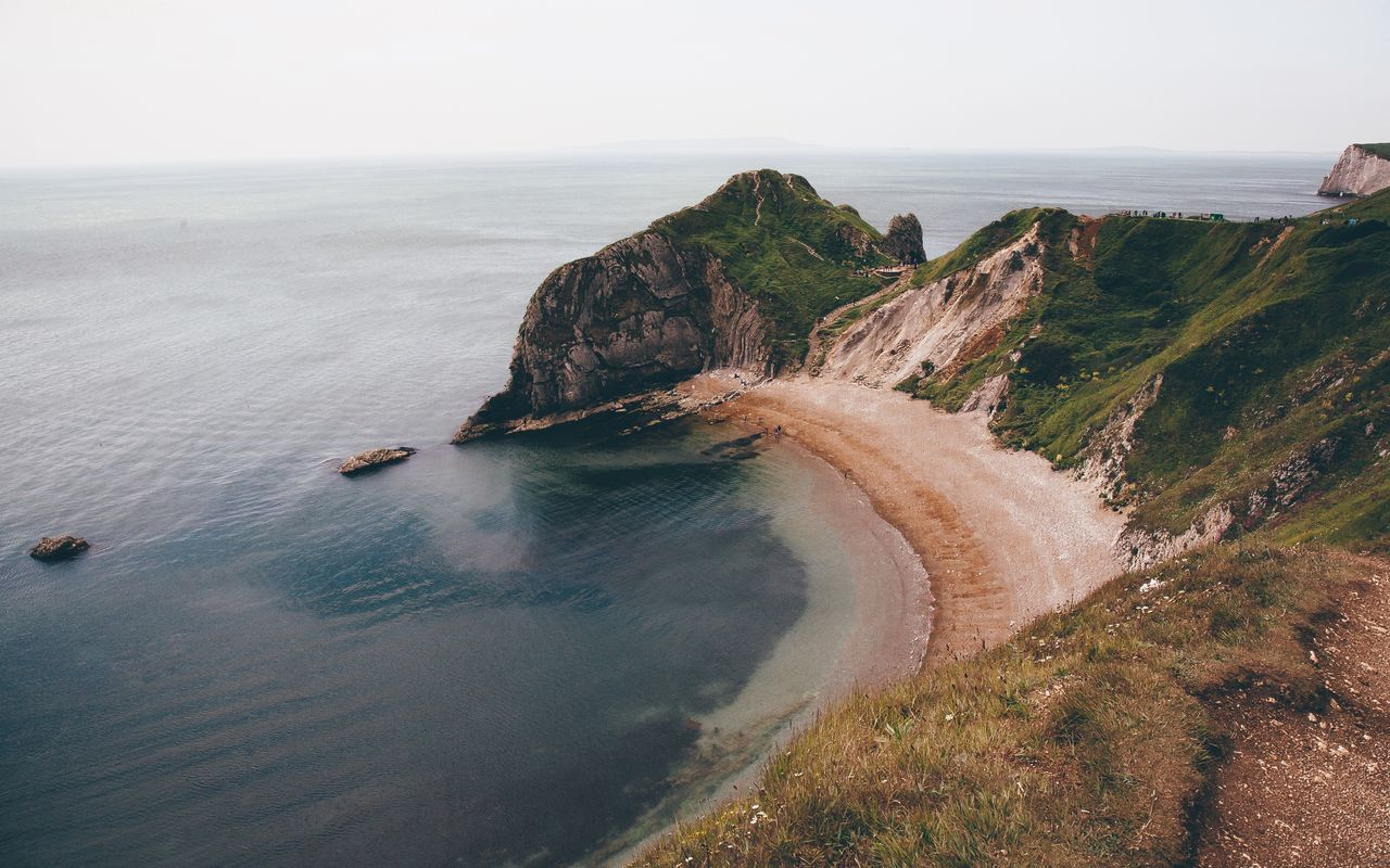 Durdle Door from a different angle. Incredible place to visit! EyeEm Best Shots Eye4photography  EyeEm Best Edits EyeEm Nature Lover Nature Nature_collection Photography Vscocam Exploring Coastline Canon Green Nationalpark Original Experiences The Great Outdoors - 2017 EyeEm Awards