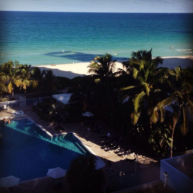 Miami Beach Shadow Play Cabincrew Travel Photography Miami Beach Beach Hotelroomview Seascape