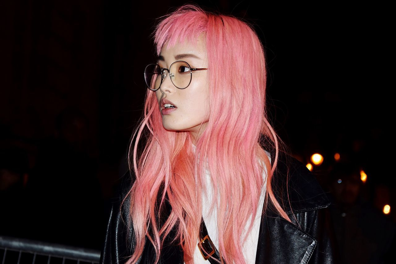 Millennial Pink Pink Color Pink Woman Young Adult Lifestyles Portrait Dyed Hair People Fashion Photography Fashion Fashionweek Hair Hairstyle Mode Model Street Photography Streetphotography Stylish Streetstyle The Portraitist - 2017 EyeEm Awards