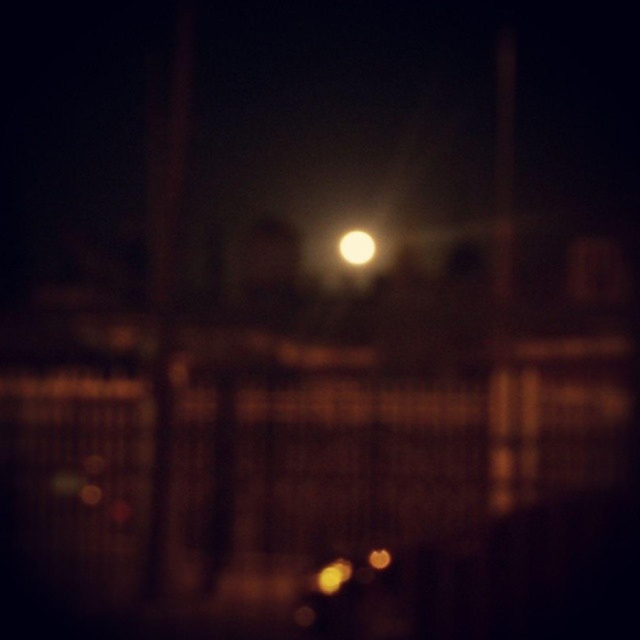 33. Mil gracias Diosito, por regalarme ojos para ver estas lunas tan bonitas! 100happydays Anitalavalatina