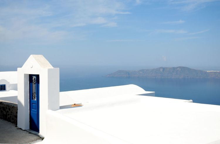 Santorini views and Greek Architecture Architecture Blue Blue Sky Blue Sky And Clouds Building Day Greece Greek Greek Islands Holiday Islandlie Nature Outdoors Outside Santorini Sky Sky And Clouds Skyporn Travel Traveling View View From Above Vulcano White White Color