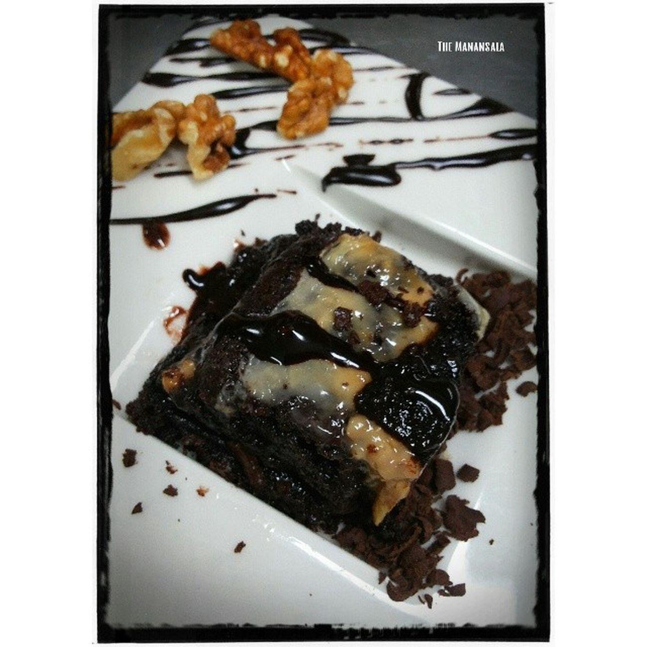 Choco-caramel brownie SugarRush Marketbasket Finale Chemlab foodchemistry foodgasm foodporn gastronomy Benilde themanansala