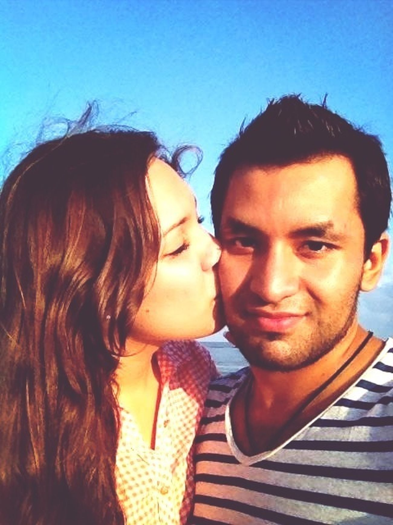 Amorsiiiii ❤ Boyfriend Love Kisses Beach