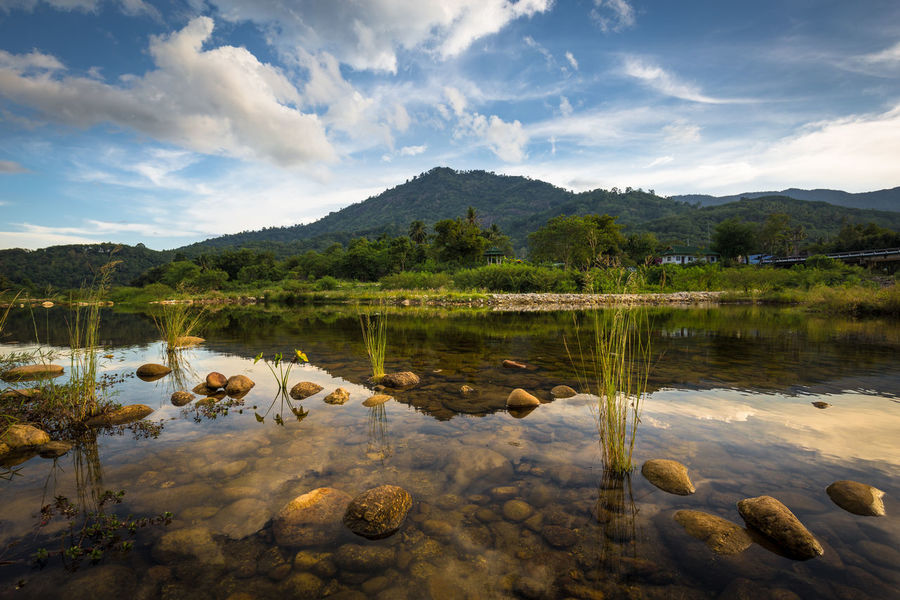 Beauty In Nature Cloud Countryside Day Hope Idyllic Lake Lake View Landscape Mountain Mountain Range Nature No People Outdoors Reflection Rock Scenics Sky Standing Water Summer Sunshine Tranquil Scene Urban Landscape Water Kiriwong