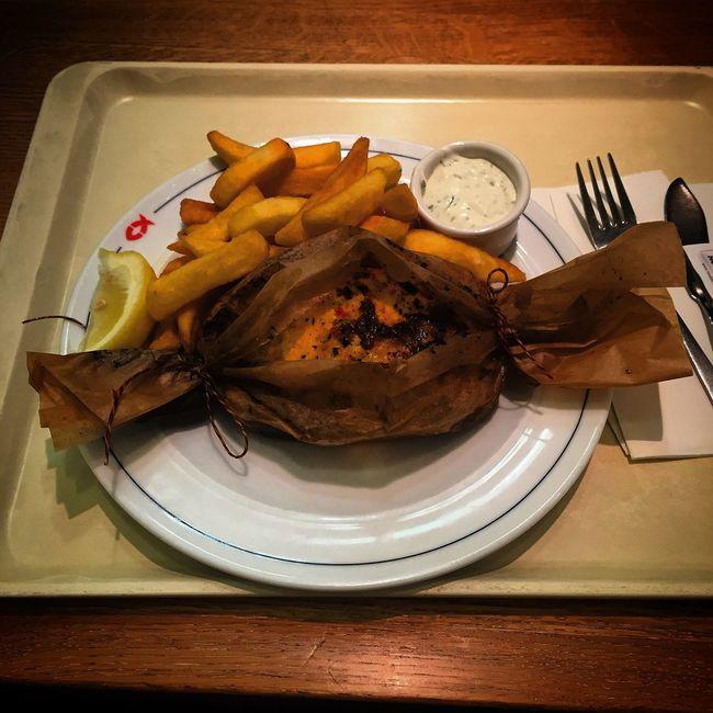Lachs mit Gemüse (Karotten und Sellerie) 😋