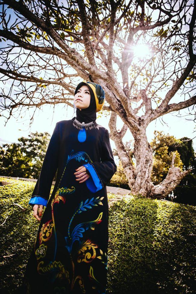 The Portraitist - 2015 EyeEm Awards The Fashionist - 2015 EyeEm Awards Creative Light And Shadow Striking Fashion