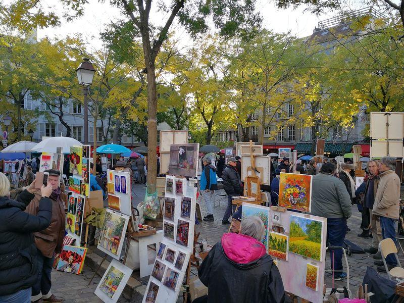 Montmartre, Paris Paris ❤ Place Montmartre Peintre