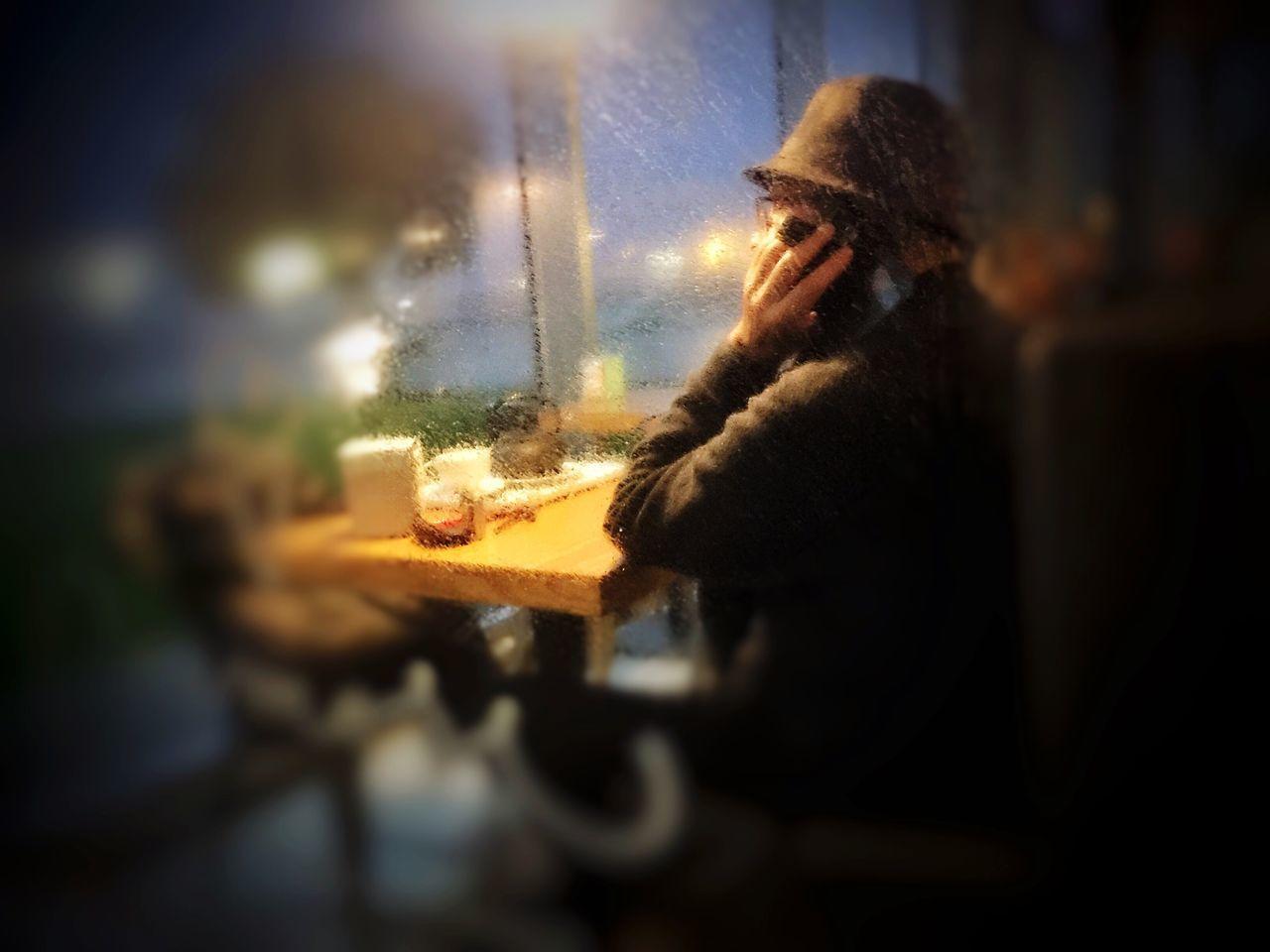 Indoors  Real People Night Rainy Day Mobilephotography WeAreJuxt.com NEM Submissions AMPt_community EyeEm Porto Tranquil Scene NEM GoodKarma Mob Fiction NEM Memories NEM Silence