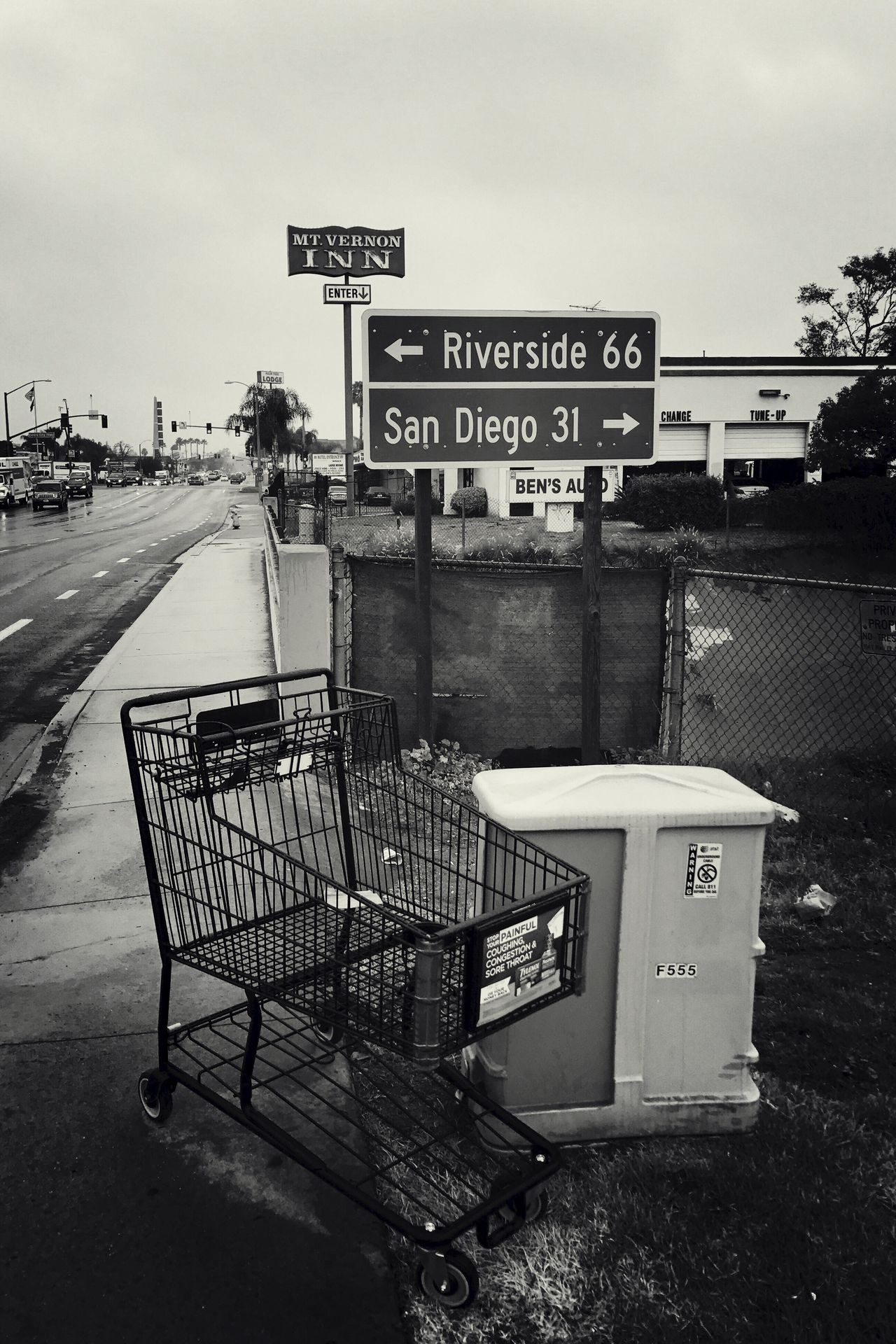 Crossroads Road Sign Monochrome Tadaa Community Escondido Streetphotography Blackandwhite Crossroads