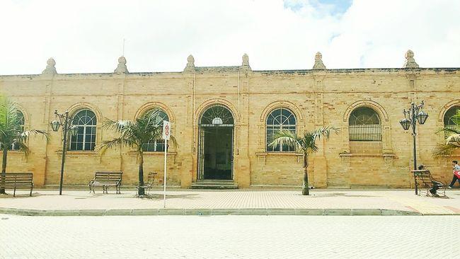 Carcel municipal!!.. Architecture History Colors Herencia Town Building Exterior Doorsandwindows Façade Exterior
