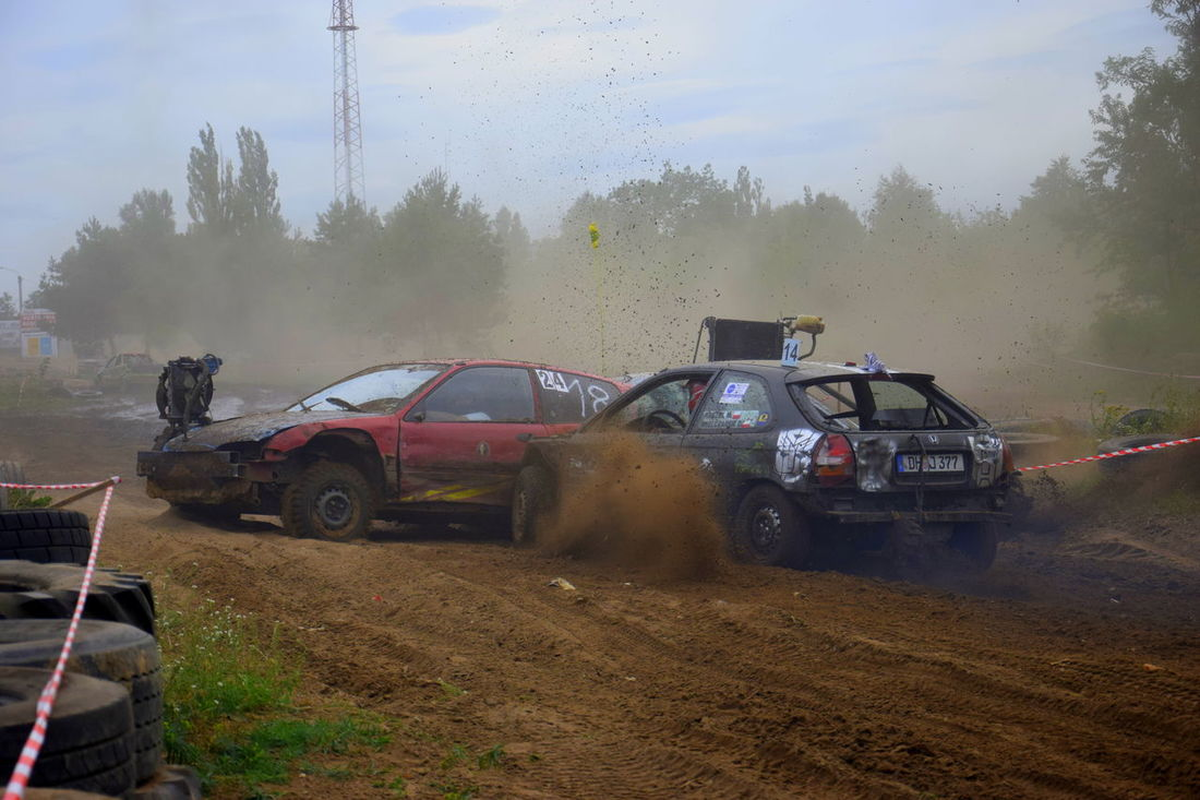 #cars #Crush #dust #race #survival #wrak