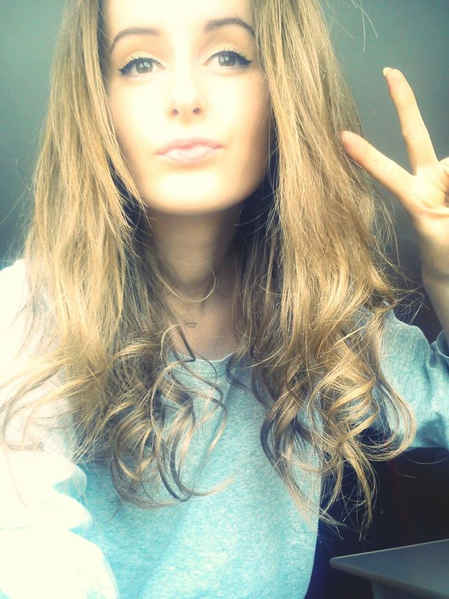 Faces Of EyeEm Kissed Face Today Me.  Photo Polishgirl Girl Peace ✌