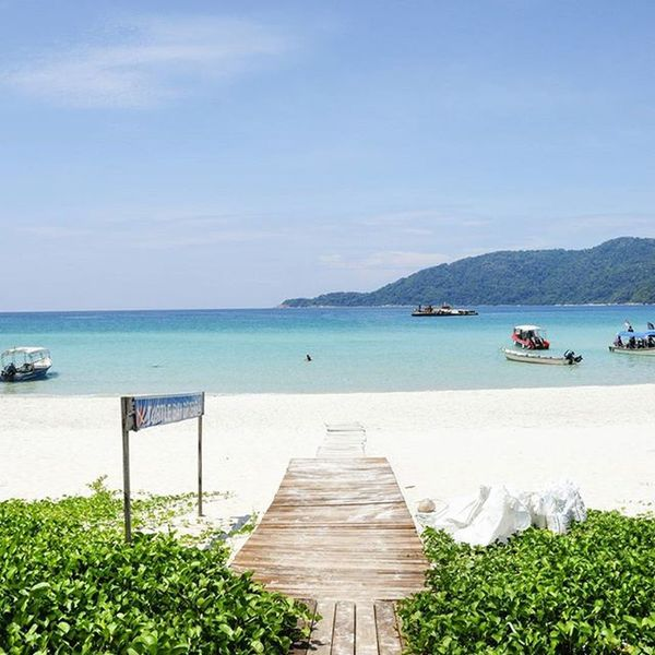 Can't wait for another island vacation. Photo taken during my previous holiday in Perhentian Islands in Jun this year. Traveltheworld Travelgram Instatravel Travel Travelphotography Malaysia Perhentian Perhentianisland Beach Island Landscape Landscapephotography Neverstopexploring  TurtleBayDivers