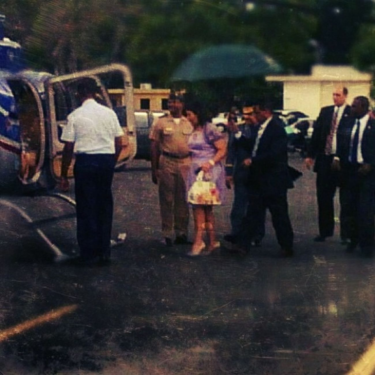 Dominican Republic First Lady @margaritacdf was in town + the Secret Service Iphonegraphy Livetiltshift Picfx Press