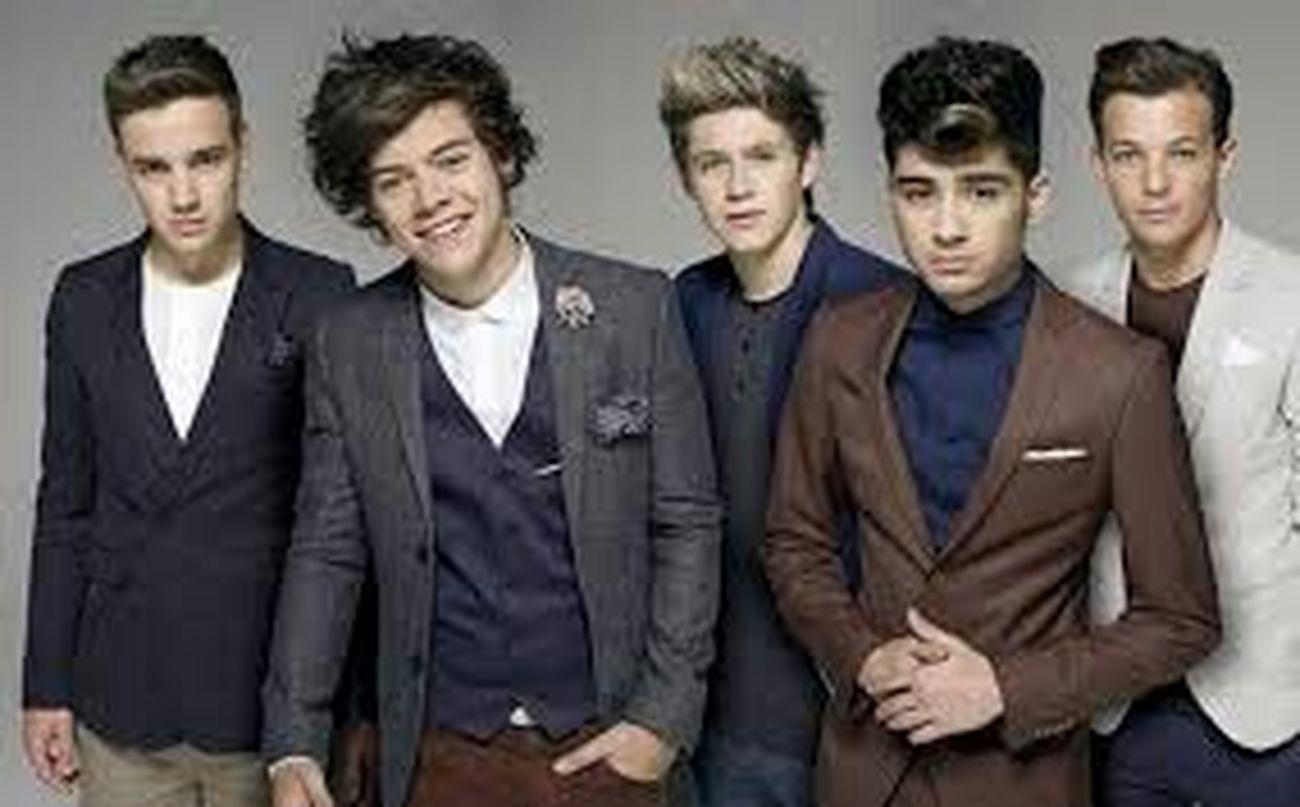 ♡ One Direction ♡  Directioner Amodemais