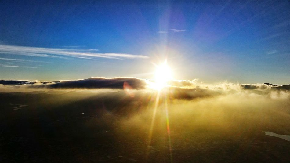 Beautiful sunrise at 600 meters high! 😃 Sun Sunlight Beauty In Nature Scenics Sunset Outdoors No People Day Cdmx2016 People Watching People Girls Flying Sky Relaxation Girl Silouette & Sky Tourism Illuminated Today's Hot Look Hot Air Balloon That's Me First Eyeem Photo Faces Of EyeEm Cloud - Sky