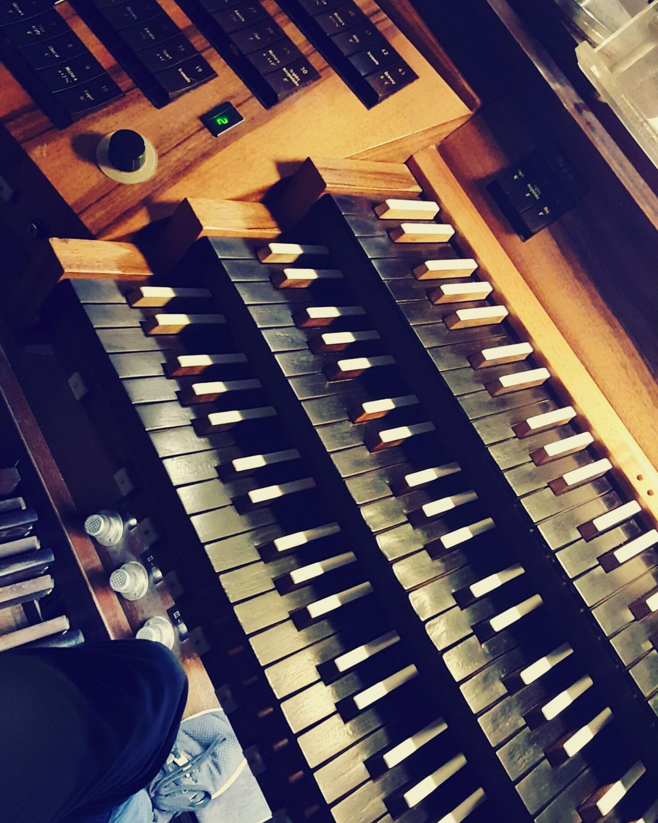 Pipe Organ Pipeorgan Pipeorgans Instruments Instrument Blackandwhite Organist Organista Organy Organy Piszczałkowe Music Musical Instrument Arts Culture And Entertainment No People Key Keyboard Organ Keys Jasnagora Jasna Góra Bazylika Sanktuarium Maryja High Angle View Piano Key