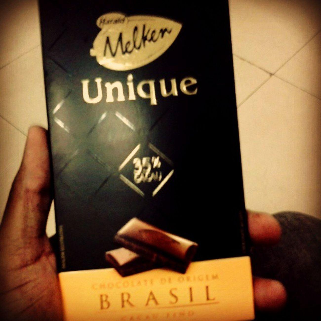 Chocolate Fino Ostentação Rsrsrs Cacau Doce Degustar Candy Coisa_de_podre Não sou chocolatra, mas esse chocolate é top.