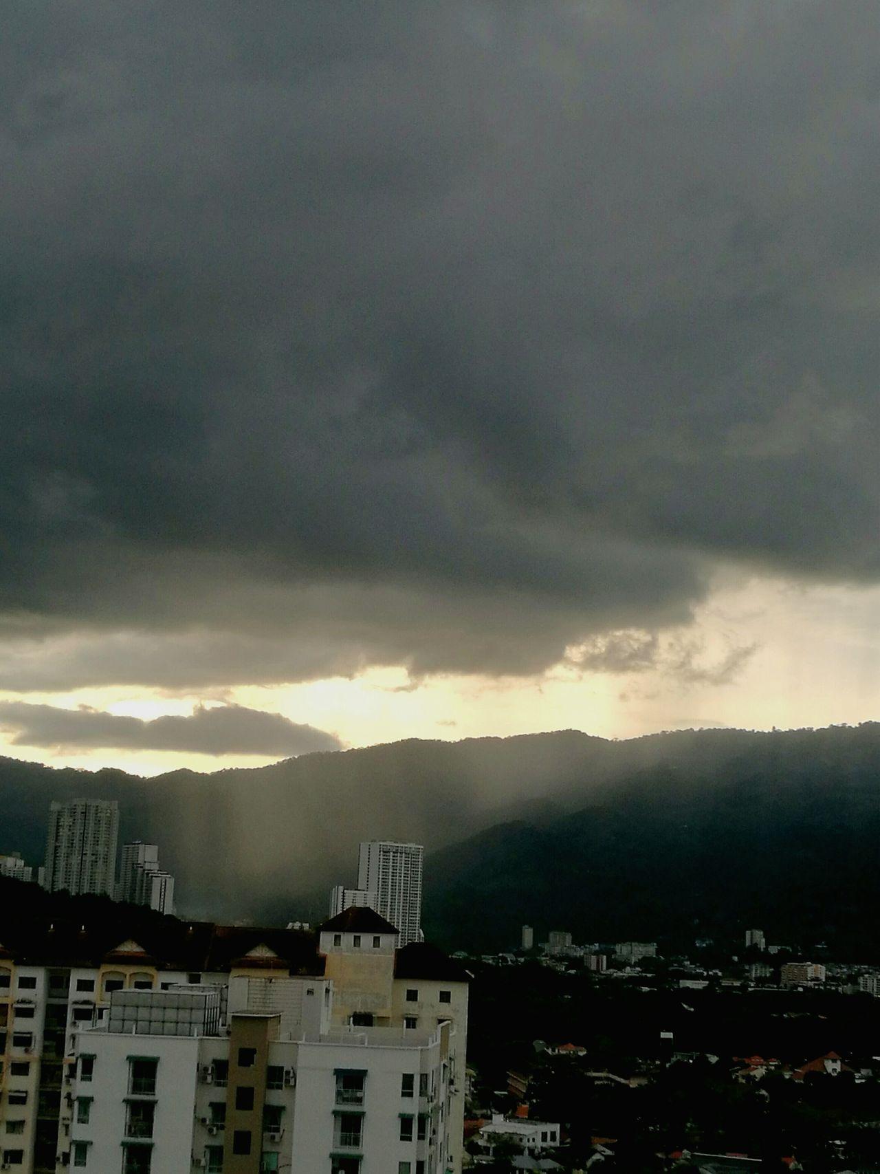 Storm Cloud Storm Grey Sky Grey Clouds Sunrays No People Outdoors Nature Cityscape Sky Cloud - Sky Gloomy Weather