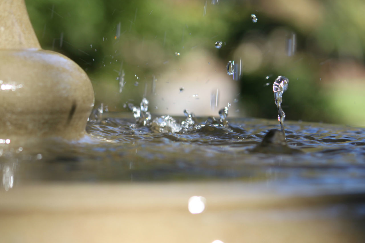 Close Up Close-up Fountain Waterdrops Garden Fountain Motion Selective Focus Splashing Surface Level Water The Week On EyeEm capturing motion Focus Object