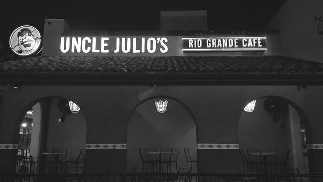 Uncle Julio's. Mobilephotography Blackandwhite Architecture Nightphotography Light And Shadow