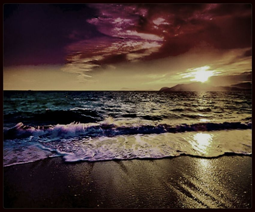 As the sun sets the water we meet yet again the dark waves that soon bring darkness avast the sea but don't fear such a thing because the sound of the ocean will carrying on in your sleep. poem made by Kimberly Coster just now ? Sea