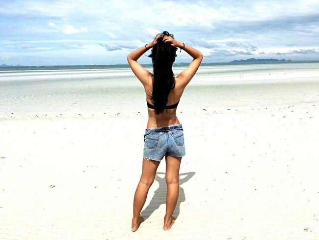 Missing sand Sand Beach Sea Sky Bluelagoon Samui_thailand Lazy Vacation Travel Mlife Enjoying Life