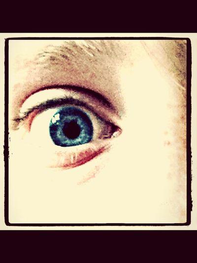 Blue Eyes Artsy