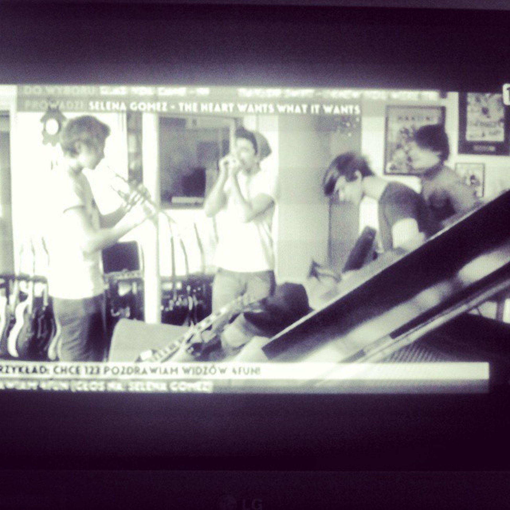 Finally 5secondofsummer - Heartbreak Girl <3 <3 in my Tv :)))