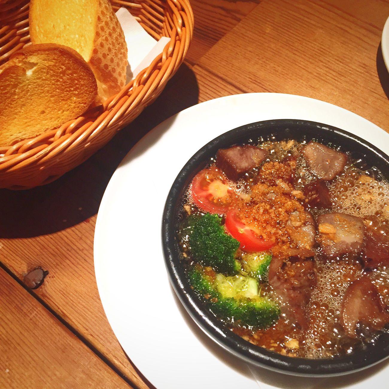 香里園 Meetgood Beef Food アヒージョ バゲット