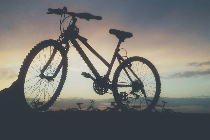 Enjoying Life Ride Or Die Bicycle Trip Bikesaroundtheworld Sunsetporn Journeyphotography