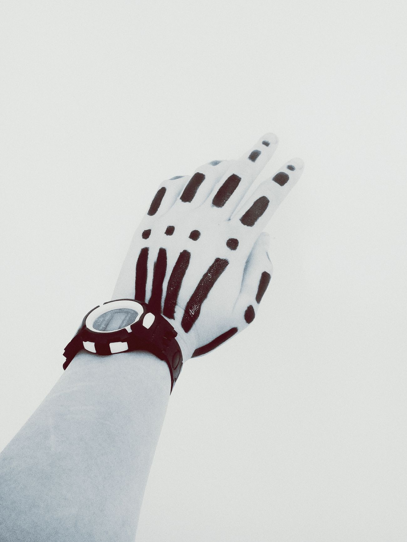 Day рука скелет Human Body Part People White Background Adult Outdoors Spotted Close-up Human Hand Polka Dot One Person Adults Only First Eyeem Photo