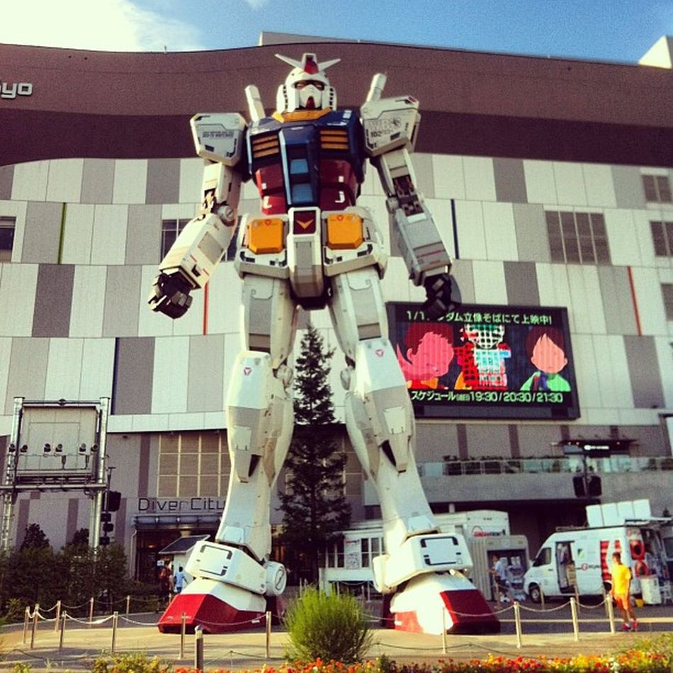 Gundam @odaiba japan Japan Gundam Gundam_lovers All_shoots Holiday Statue Odaiba Daiba Iphonesia Igers IGDaily Tokyo Japanese  BIG
